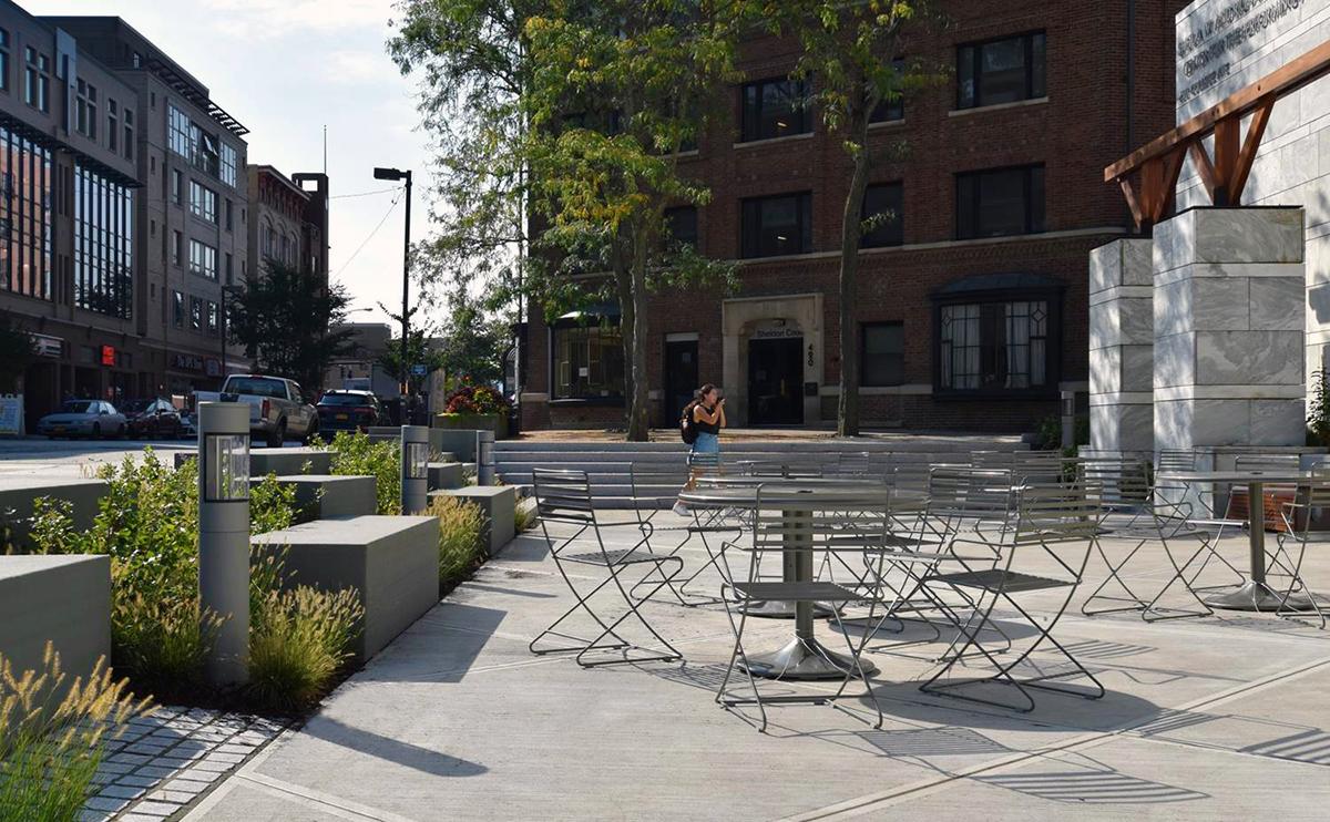 Schwartz Center Plaza - TWM LA